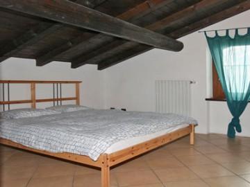 Ferienwohnung Comer See - Schlafzimmer mit Doppelbett