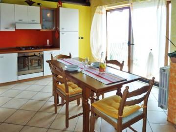 Ferienwohnung Comer See - Küche und Esszimmer