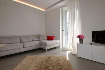 Wohnraum Wohnung 1 Villa Mezzegra